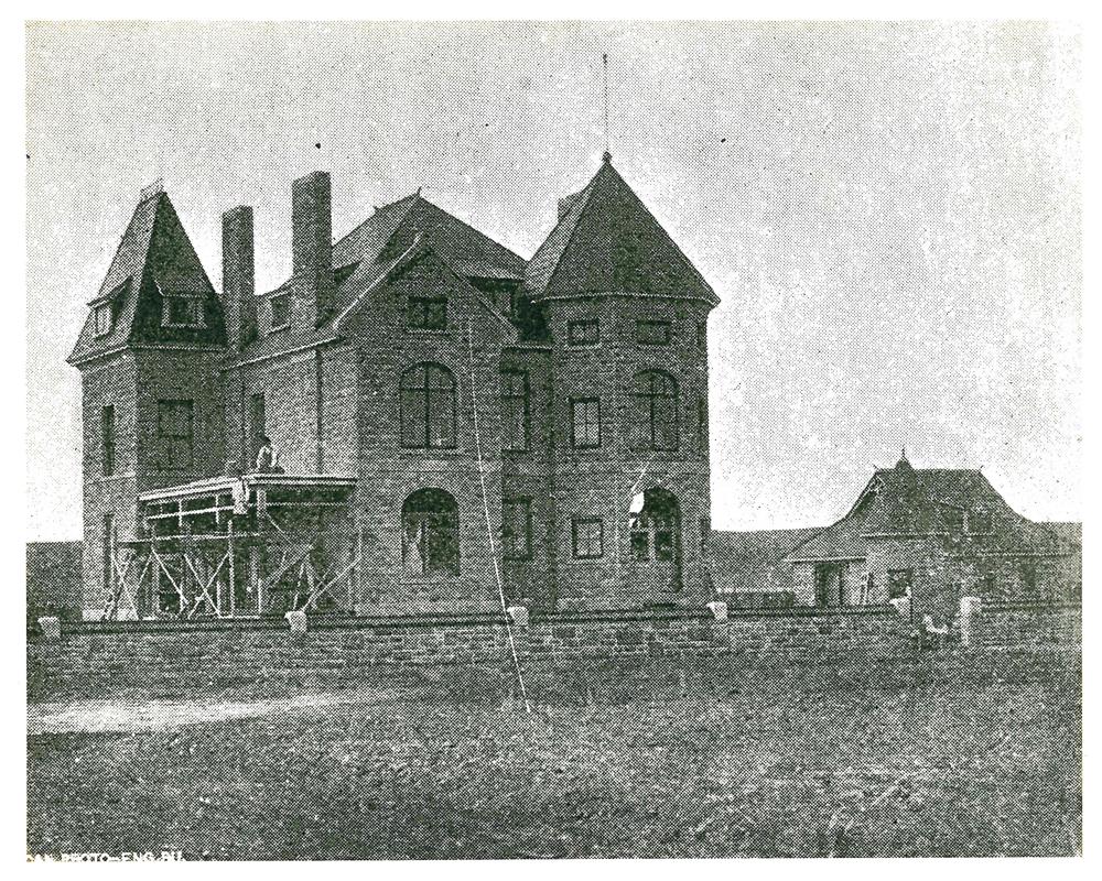 Photo de Beaulieu en construction en 1891