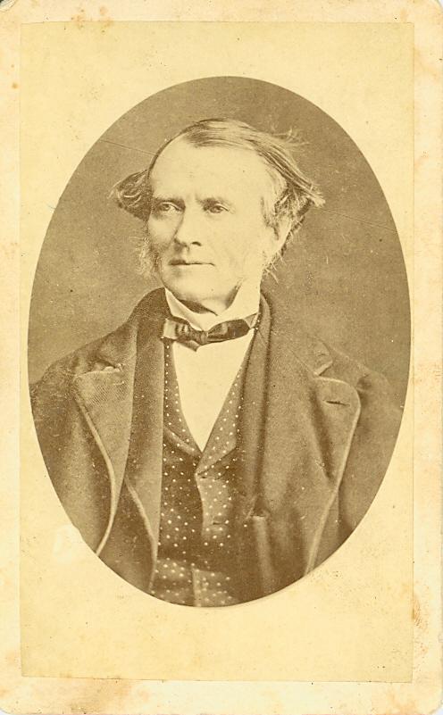 Portrait de John S. Macdonald