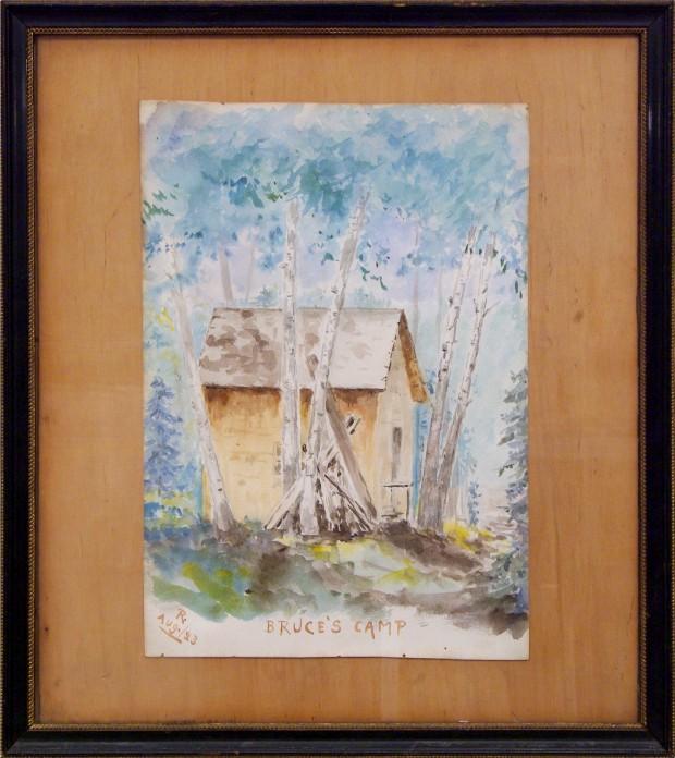 Aquarelle de Robert Wilson Reford du camp de Bruce. c'est un camp modeste faite d'une structure d'épinette et recouverte de bardeau de cèdres, située sur le rivage de la rivière Mitis.