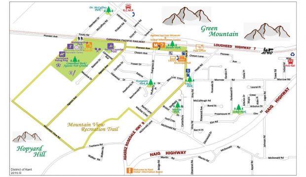Image en couleur du plan de la ville d'Agassiz, indiquant les routes, les parcs et les montagnes environnantes, 2015.