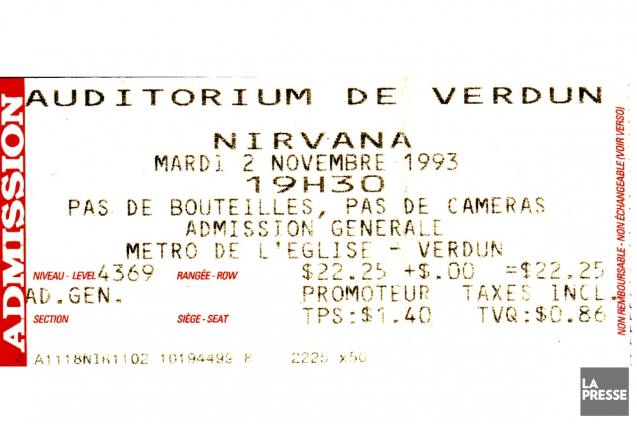 Photographie en couleurs montrant un billet de spectacle sur lequel sont inscrites plusieurs informations, telles que : lieu, date, heure et coût du concert.