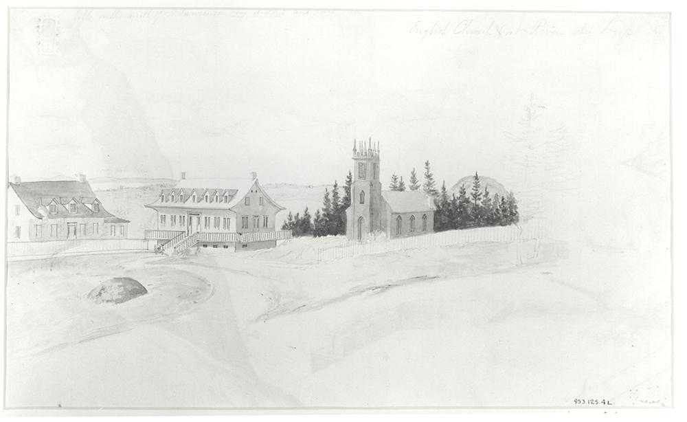 Aquarelle noire et blanche. Paysage avec une petite église à un clocher central et deux maisons dont les toits sont à deux versants. Au loin, on devine le fleuve.