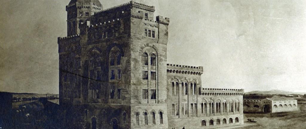 Dessin illustrant le projet initial de la tour à pâte à papier avec une carriole et des marcheurs déambulant en face de la tour.