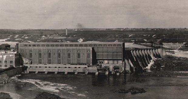 Vue de la centrale hydroélectrique de Grand-Mère.