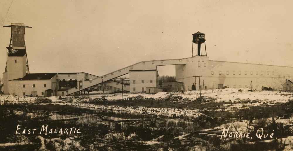 Photo ancienne de la mine East Malartic (1938-1981)